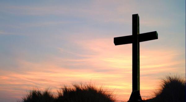 كان يجب أن تتمّ الكتب ! هل كان كلّ شيء مبرمجًا مسبقا ، وإن كان هكذا ؛ فأين حريّة يسوع ؟