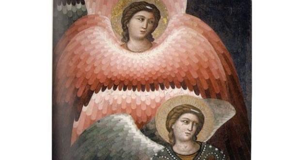 متى خلق اللّه الملائكة؟