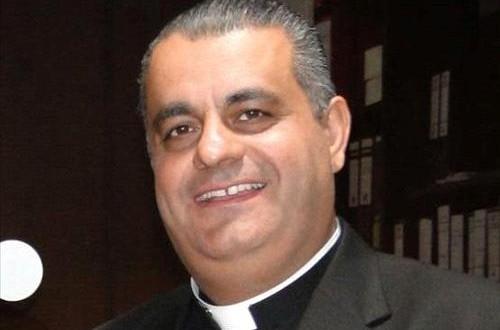 الاب بدر: هدية للإعلاميين والصحفيين في رسالتهم الأمينة بمناسبة زيارة البابا صدور كتاب الكنيسة الكاثوليكية في الأردن