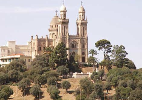 احتفاء بكنيسة القديس اوغسطين في الجزائر