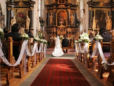 تقليد زواج جميل جداً عند الشعب الكرواتي يجعل حالات الطلاق و التفكك العائلي نادرة