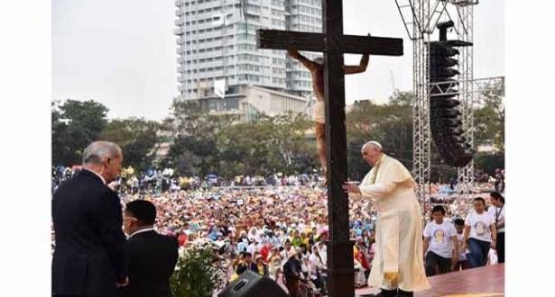 البابا فرنسيس يذكّر باليوم العالمي للقضاء على الفقر