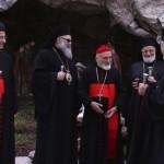 دردشة جانبية أعقبت اجتماع رؤساء الكنائس الشرقية في بكركي بين البطاركة