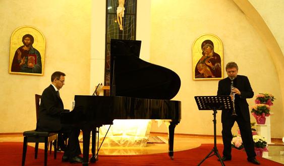 الرومنسية تطبع الأمسية الثانية لموسم موسيقى الحجرة في الأنطونية