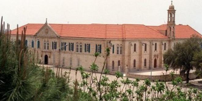 مجمع الأساقفة الموارنة يبدأ أعماله غداً: انتخاب خلف لصيّاح وتمديد لمطر
