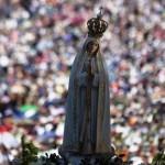 تمثال العذراء سيدة فاطيما