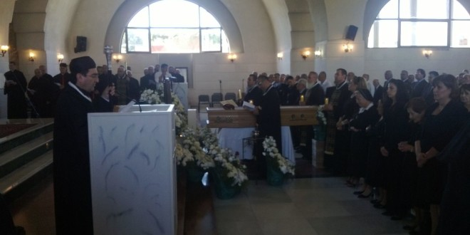 بلدة عبرين البترونية ودعت الخورأسقف برنار خشان
