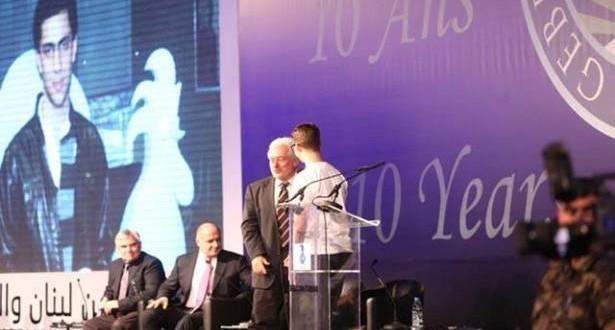 """التلميذ سمير أحمد """"صحافي العام"""" في مسابقة """"جائزة جبران تويني"""" لنصه عن حماية الحريات"""