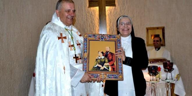 مدرسة راهبات القديسة تريزيا في حدشيت دشنت كنيسة على اسم القديسين لويس وزيلي مارتن