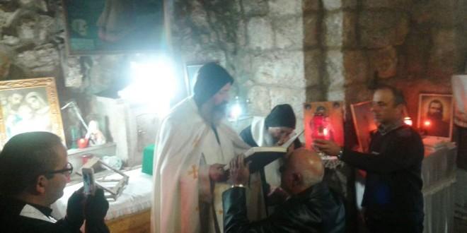قداس في محبسة مار بولا في دير مار انطونيوس قزحيا