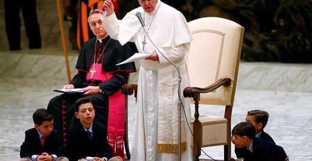الرسالة محور الإيمان المسيحي: رسالة البابا احتفالا باليوم الإرسالي العالمي 2017