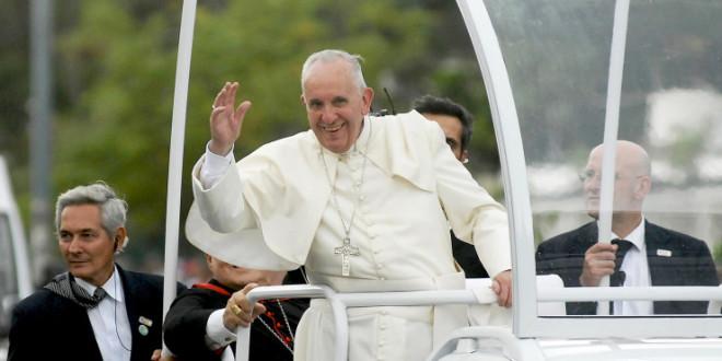 في كلمته قبل صلاة التبشير الملائكي البابا فرنسيس يتحدث عن مثل الزرع الذي ينمي ومثل حبة الخردل