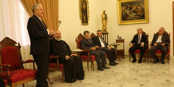 """""""أورا"""" في زيارة تهنئة للرئيس العام الجديد للرهبنة المارونية الأنطونية الأباتي مارون أبو جودة"""