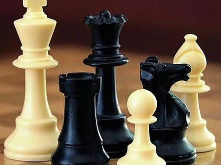 الملك والوزير في لعبة الشطرنج