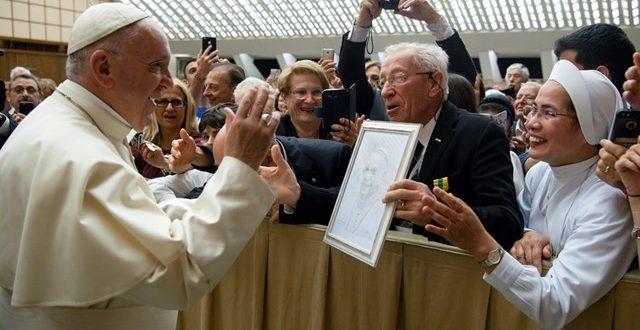البابا يستقبل أعضاء الإتحاد الإيطالي للحائزين على وسام استحقاق خاص بالعمل