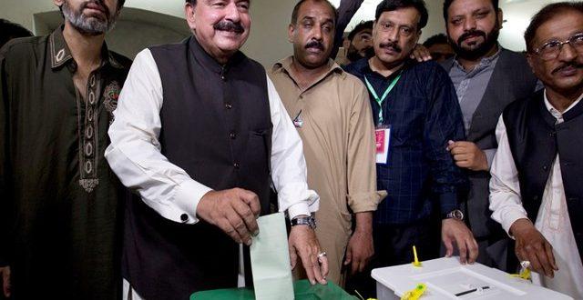الأساقفة الباكستانيون يطلقون نداء من أجل تحقيق الديمقراطية