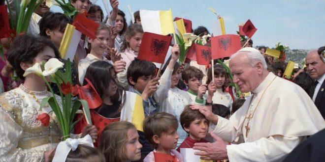 البابا فرنسيس: يوحنا بولس الثاني قد ترك علامة لا تُمحى في الكنيسة