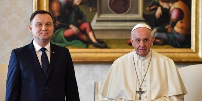 البابا فرنسيس يستقبل رئيس جمهورية بولندا