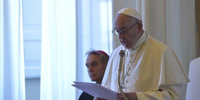 البابا فرنسيس: المريض ليس رقما، بل هو شخص في حاجة إلى الإنسانية والقرب