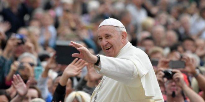 في مقابلته العامة البابا يتحدّث عن أول رواية شفاء في كتاب أعمال الرسل