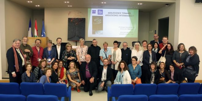 مؤتمر عن العلوم التربوية ومرافقة المراهقين في جامعة الروح القدس الكسليك