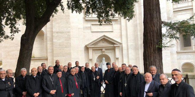 الراعي أنهى زيارته الى دولة الفاتيكان بلقاء مع أمين سرها بارولين: للبنان موقع خاص في قلب قداسة البابا