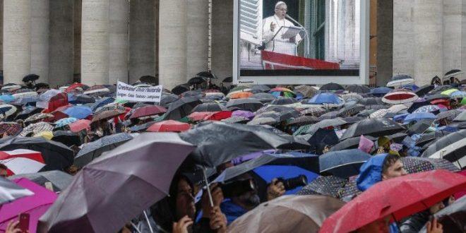 البابا فرنسيس يتحدث عن أهمية أن يحب المؤمن الله والقريب