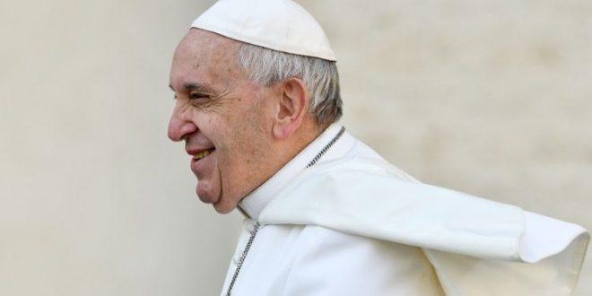 نصائح البابا فرنسيس الـ ١٣ من أجل زواج سعيد وقوي