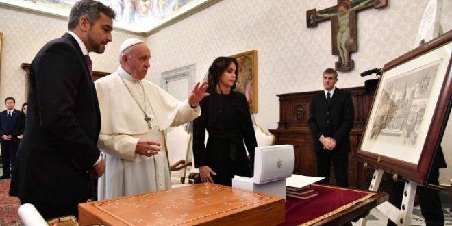 البابا فرنسيس يستقبل رئيس جمهورية باراغواي السيد ماريو عبدو بينيتيز