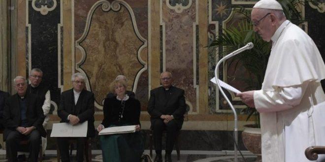 كلمة البابا فرنسيس خلال تسليم جائزة يوزيف راتسينغر