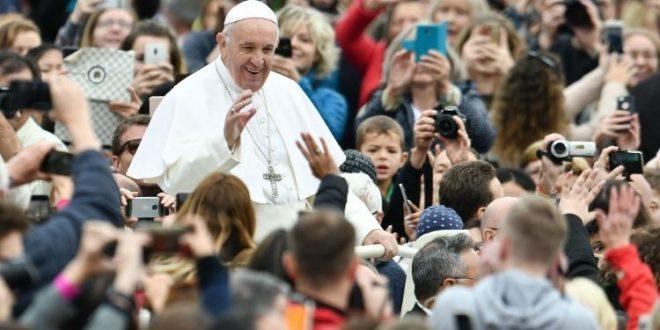 في مقابلته العامة البابا فرنسيس: كل دعوة مسيحيّة هي زوجيّة لأنها ثمرة علاقة حب