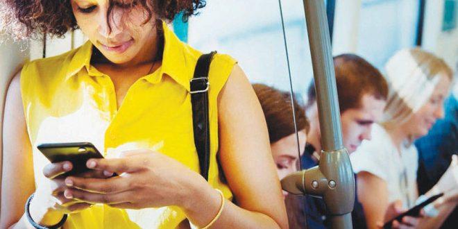 الأجهزة الذكية للتخلّص من المواقف الإجتماعية