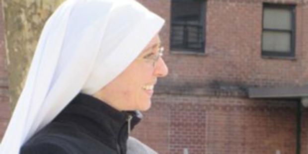 من رياضية مشهورة إلى راهبة…قصّة إيمان رائعة في زمن الجحود