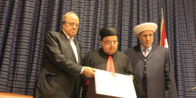 الراعي منح رجل الاعمال جورج شبطيني وشاح ملاك قنوبين في حفل في طرابلس بحضور الشعار وشخصيات