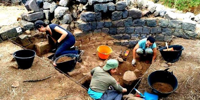 اتمام الحفر والتنقيب في قلعة فيليكس الاثرية في منجز