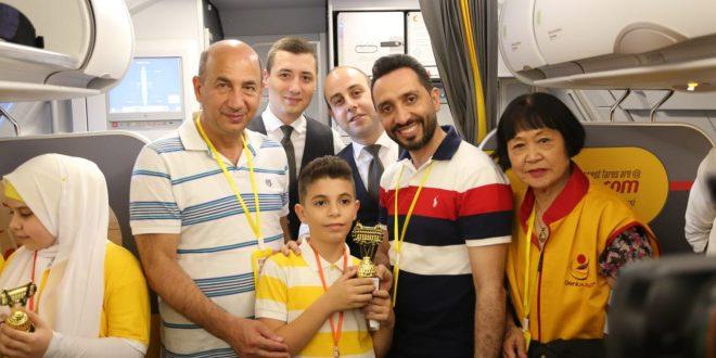 لبنان نظم المسابقة الأولى في العالم في الحساب الذهني في الطائرة وعلى ارتفاع 33 ألف قدم