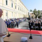 البابا فرنسيس في مدينة نابولي