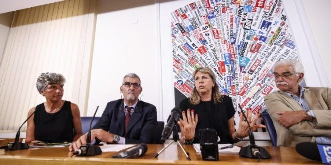 مؤتمر صحفي لأسرة الكاهن اليسوعي المفقود في سورية باولو دالوليو