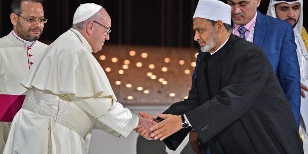 بيان لدار الصحافة حول استقبال قداسة البابا فرنسيس نبأ تأسيس لجنة عليا لتحقيق أهداف وثيقة الأخوّة الإنسانية
