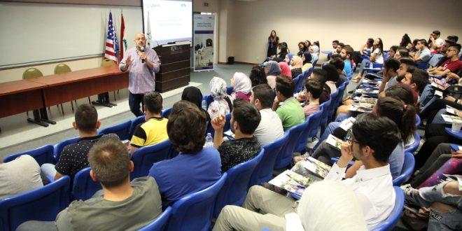 LAU و USAID أطلقا برنامج المنح الجامعية الثامن: يسمح للطلاب تطوير معرفتهم ومهاراتهم القيادية والتواصلية