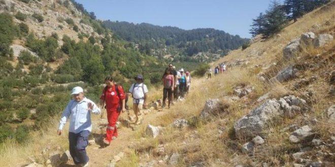 200 شخص يشاركون بنشاط سياحي بيئي في تنورين