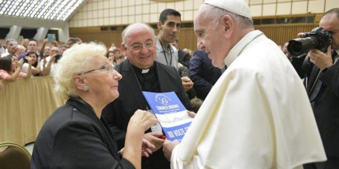 """البابا فرنسيس يستقبل أعضاء جماعة """"Abramo"""" في الذكرى الثلاثين لتأسيسها"""
