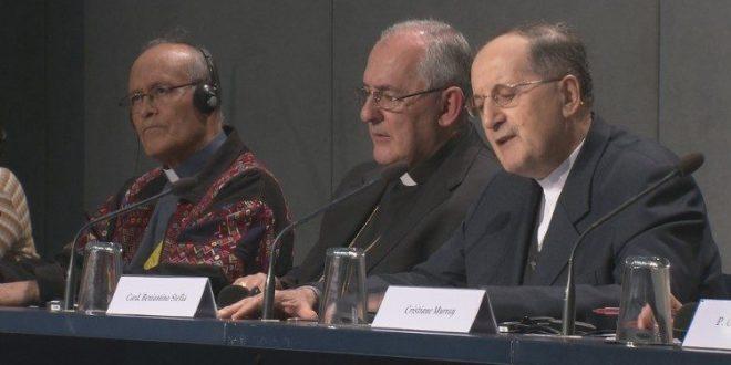 مؤتمر صحفي حول السينودس: النساء والكنيسة حماية ورسالة