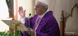 البابا فرنسيس يستقبل المشاركين في المنتدى العالمي للمنظمات غير الحكومية الكاثوليكية